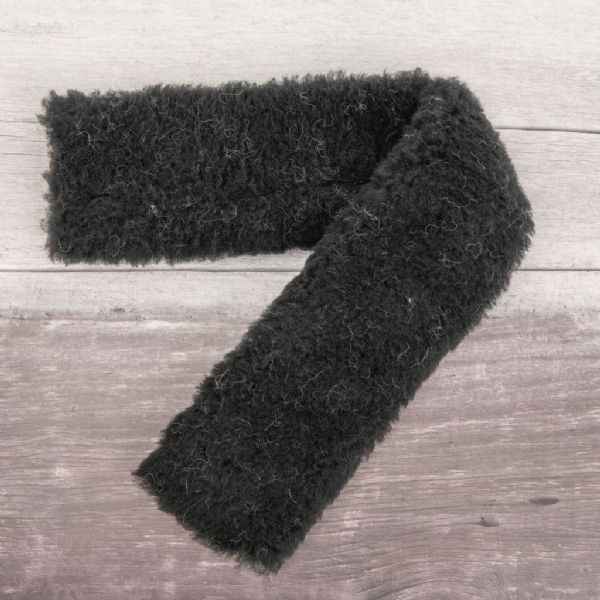 Girth Sleeve (100% Sheepskin wool) in Black
